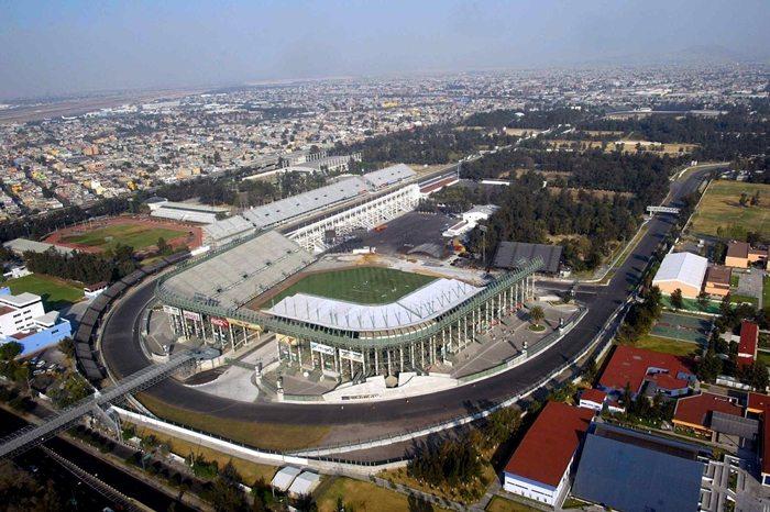 Echipa Ferrari se pregateste de Marele Premiu al Mexicului
