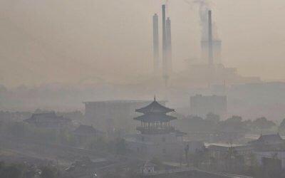 China a lansat cea mai mare piata de carbon din lume. Ce sanse are?