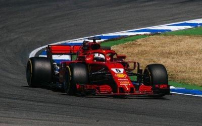 Formula 1 Germania: Hamilton castiga, Vettel abandoneaza